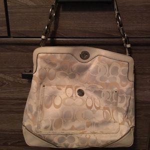 Coach bag - medium sized